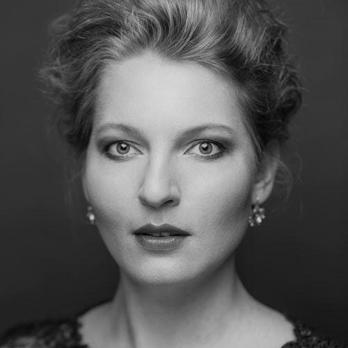 Annika Schlicht